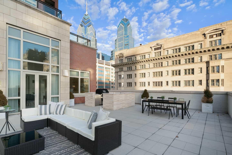 Real Estate Photograph of a Luxury Penthouse on Walnut Street in Philadelphia, PA